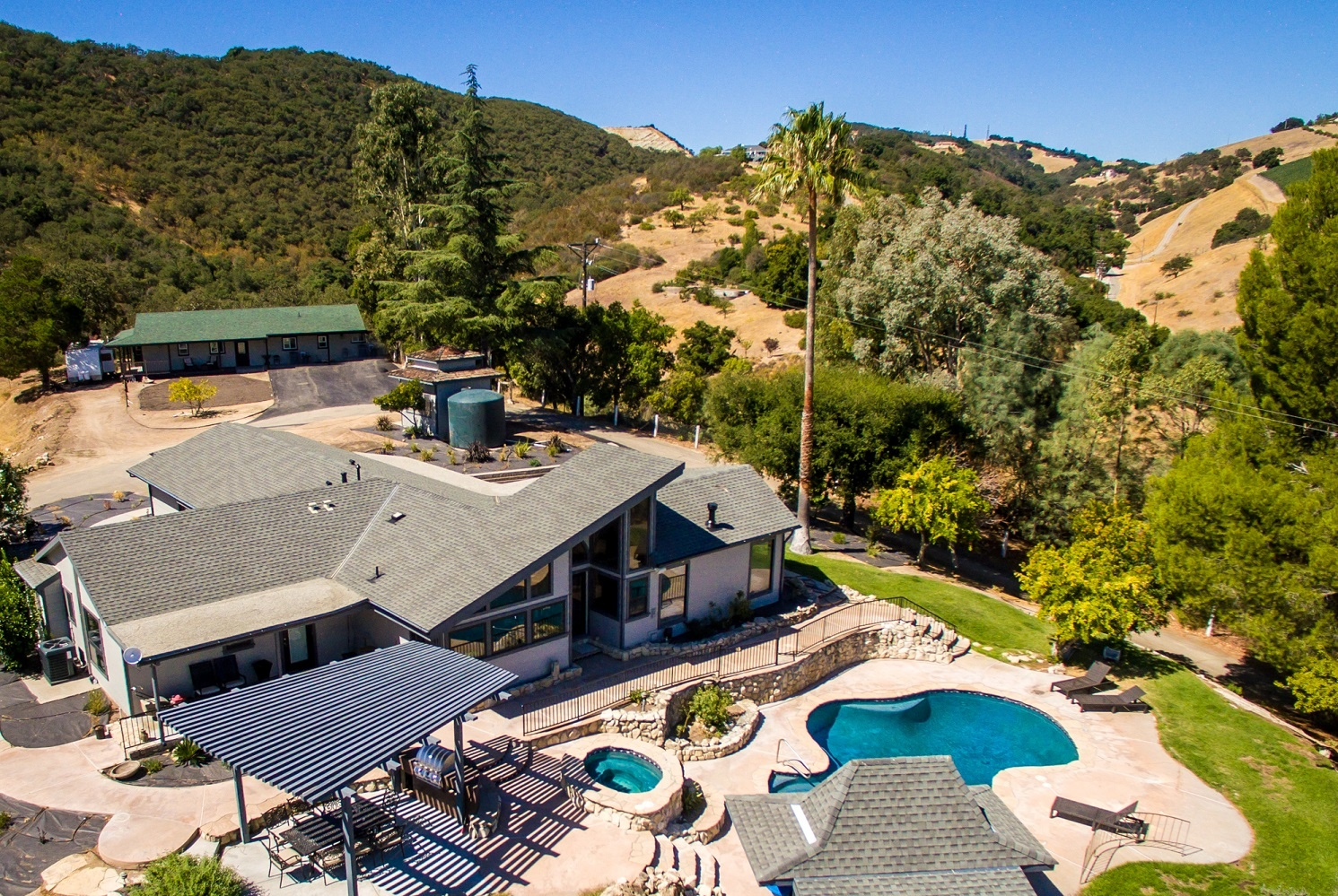 Paso Robles Vacation Rentals automated property operations with Breezeway